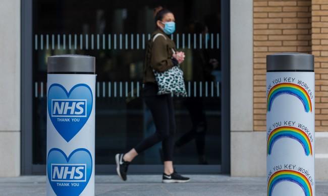 Британски мениджъри: Задължителни ваксини за работа в офиса