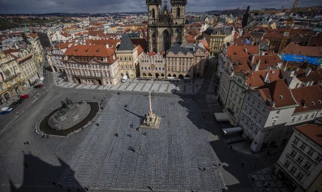 Скок на броя на повторно заразените с коронавирус в Чехия