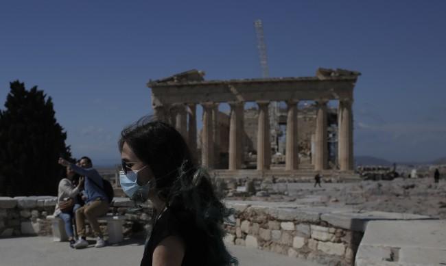 Гърция удължи строгата карантина до 5 април