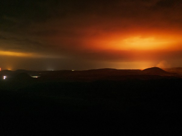 Целият свят с интерес наблюдава изригването на вулкана Фаградалсфял в