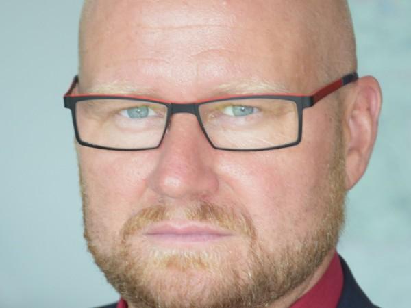 Петър Холаковски, изпълнителен директор на ЧЕЗ Разпределение България, в интервю