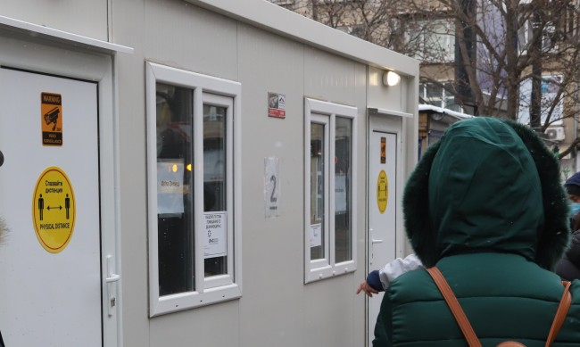 """Слаб интерес към """"зелените коридори"""" в столични болници"""