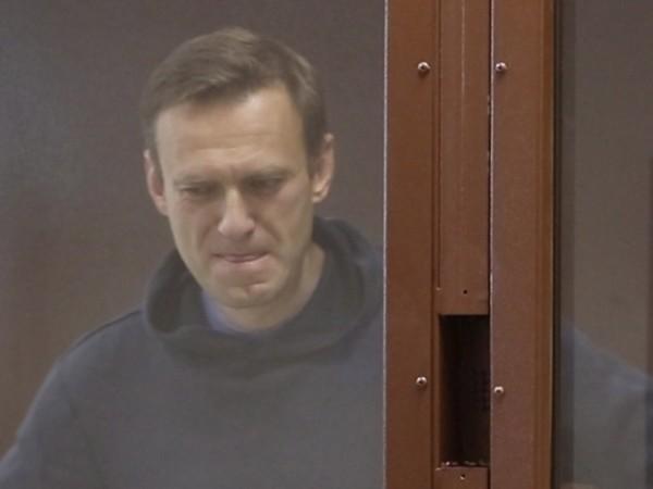 С пост в Instagram руският опозиционер Алексей Навални обяви гладна