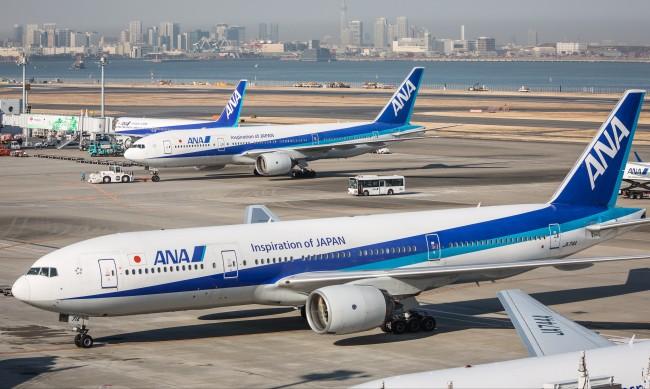Авиокомпании превръщат паркирани самолети в ресторанти