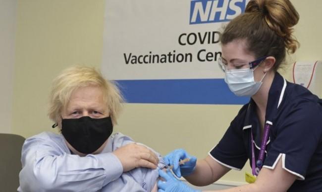 Джонсън: Светът, в който живеем ще е с ваксинационни паспорти