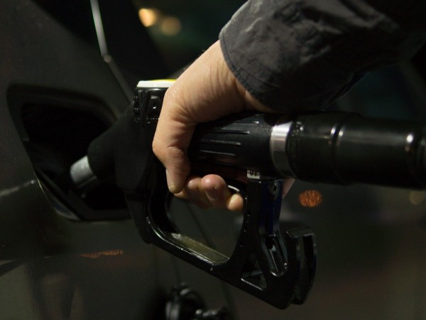 Голяма част от собствениците на автомобили са сигурни, че горивото,