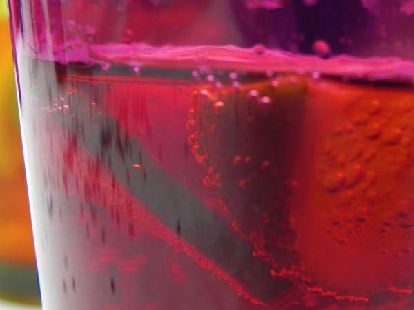 Сладките напитки увреждат паметта на децата и способността им за