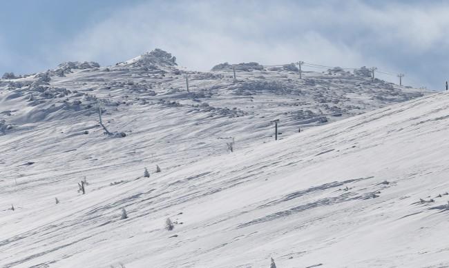 Планински спасители предупреждават за опасни лавини