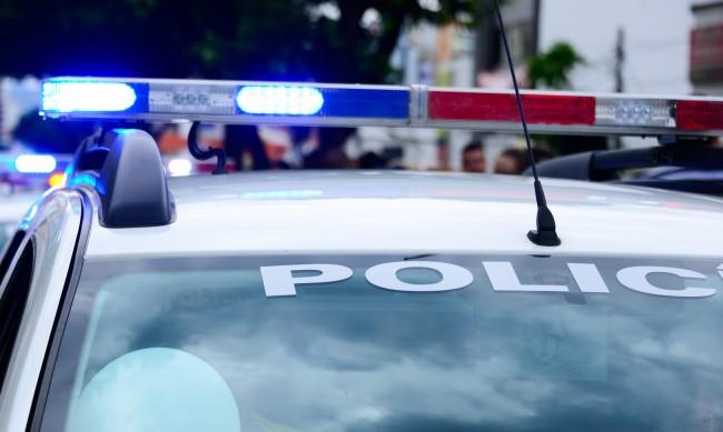 Камион блъсна жена и 3-годишното й дете, майката е починала