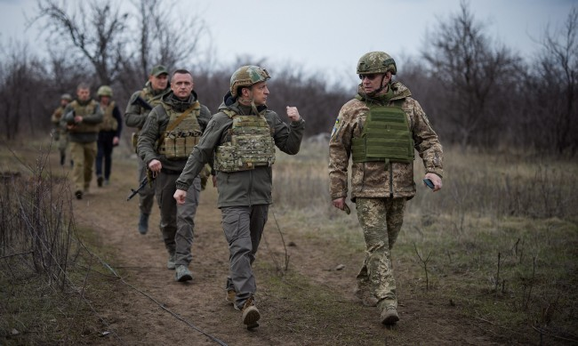 Русия предупреждава за война в Източна Украйна, напрежението расте