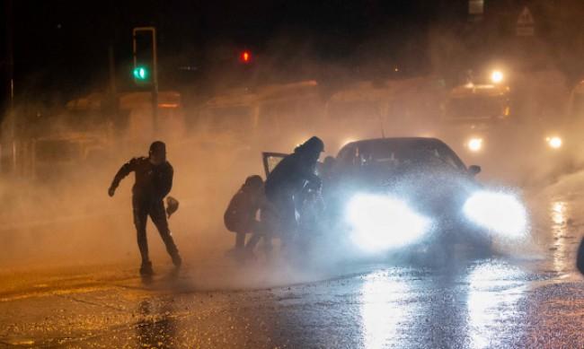 Размириците в Северна Ирландия не стихват