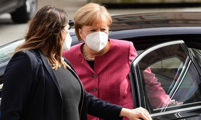 Меркел с желание: Кратък локдаун в цяла Германия