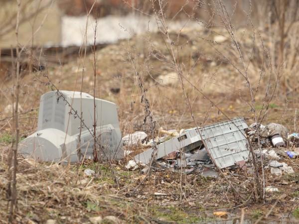 Над десет нерегламентирани сметища са почистени в община Перник, съобщи