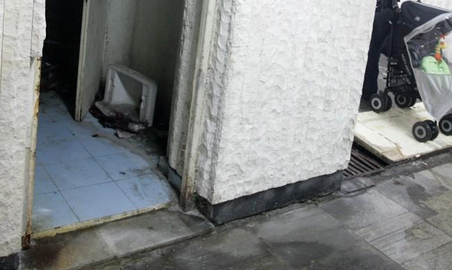 Подлез до НДК се превърна в градска тоалетна
