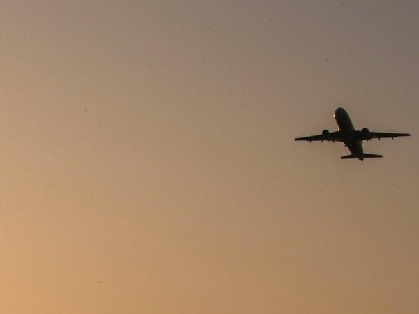Русия прекратява редовните и чартърните полети до Турция от 15