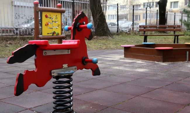 Обраха детска градина в Петричко, взели кашкавал и лютеница
