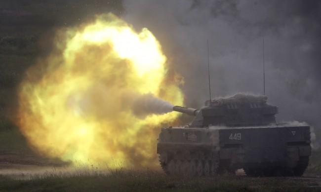 """Русия започва """"военни учения"""" срещу """"заплашителни"""" дейности на НАТО"""