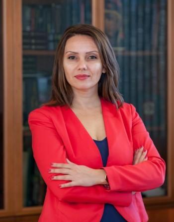 """Юлияна Георгиева от ВУЗФ: С """"Академия за предприемачи"""" ще помогнем на младежи с визия да стартират свой бизнес"""