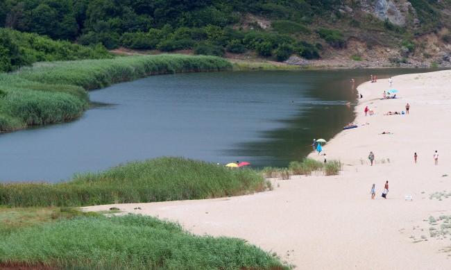 Откриват процедура за концесия на част от плажа на Велека