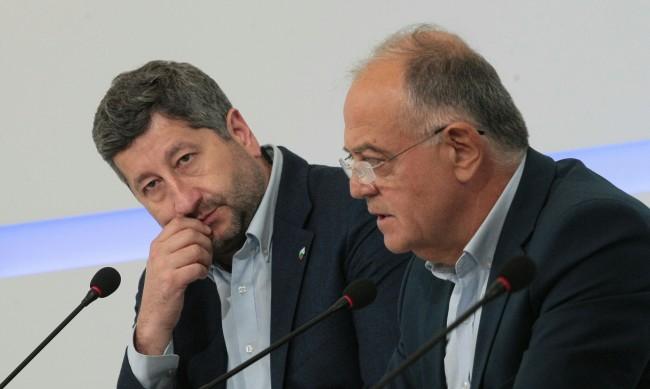 Атанас Атанасов: Нямам контакти със Слави Трифонов