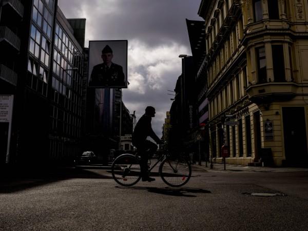 Броят на потвърдените случаи на коронавирус в Германия нарасна с