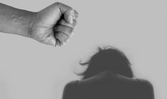 Изолацията и домашното насилие - скритите неща по време пандемията