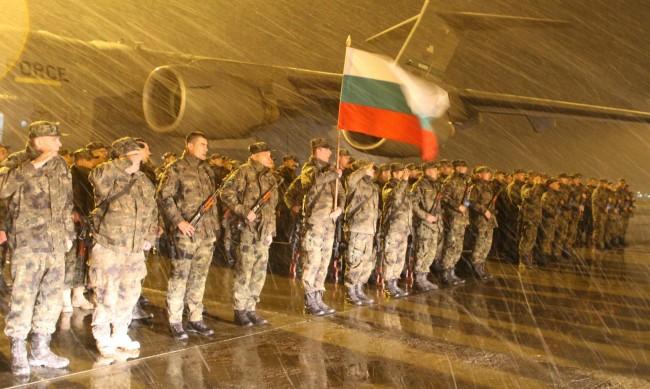 България изтегля войските си от Афганистан