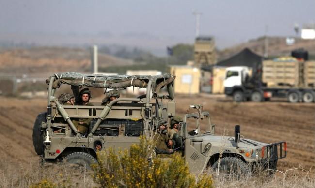 """Израел атакува обекти на """"Хамас"""" в Ивицата Газа"""