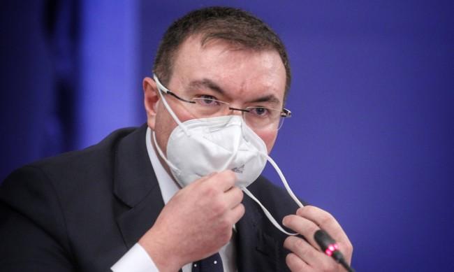 Ангелов: Палехте маски, казвахте, че няма вирус! Сега сте загрижени