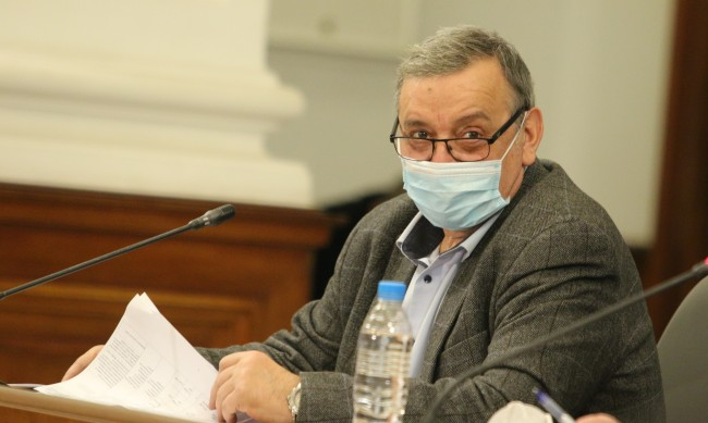 Кантарджиев: Има наличие на нов български вариант на вируса