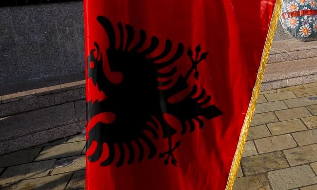 На Балканите пак мечтаят за етнически чисти държави на сърби и албанци