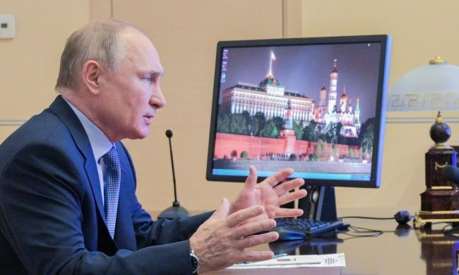 Кремъл разкри  каква е заплатата на Путин