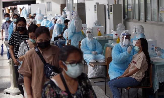 Ебола, свински грип, СПИН, COVID... колко живота отнеха?