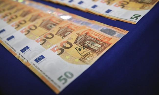 Германците спестяват - натрупали са седем трилиона
