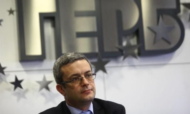 Биков: Борисов няма дойде в парламента, той е делигитимиран