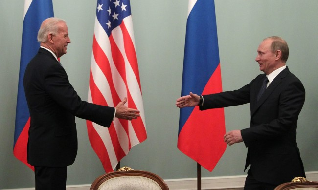 """Срещата между Путин и Байдън трябва да е при """"подходящи условия"""""""