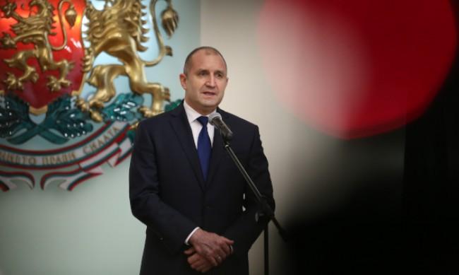 Започват консултациите на президента Радев с партиите