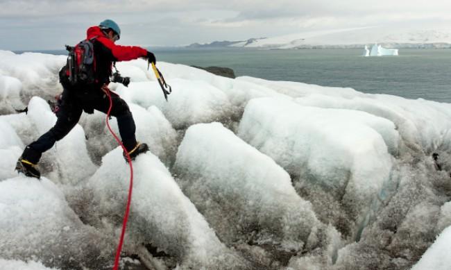 Полярниците от 29-та антарктическа експедиция стъпват на родна земя