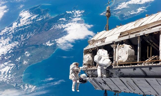 Заради технически неизправности: Русия се отказва от МКС