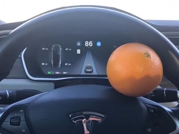 Tesla е изправена пред сериозни въпроси относно своите системи за