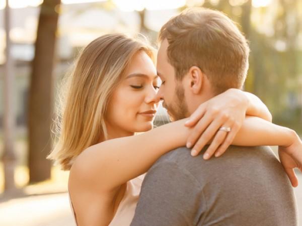 Целувките са неизменна част от изразяването на любовта. Начинът, по