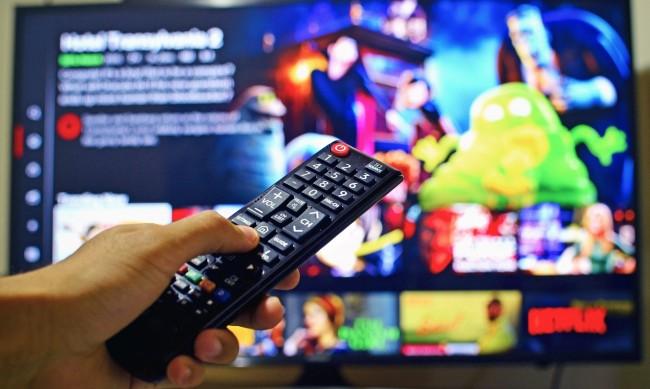 Netflix отчете спад с 11% на акциите си