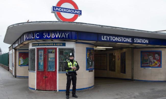 Евакуираха станция на метрото в централен Лондон