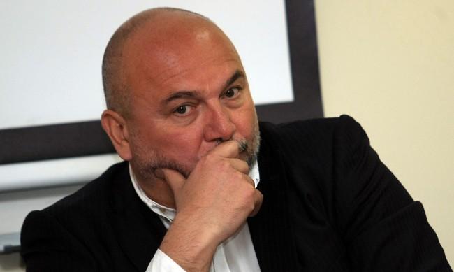 Дацов: 80% от проблемите за бюджета идват от политиката