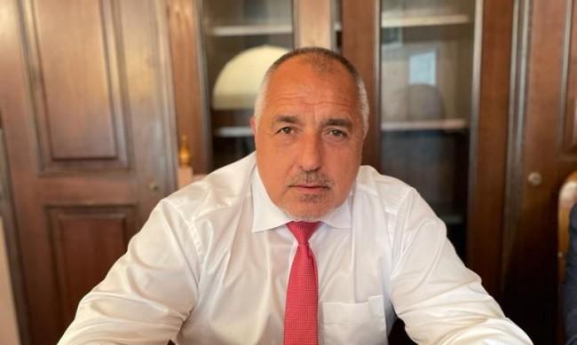 "Борисов нареди: Отворете ""зелените коридори"" за ваксини"