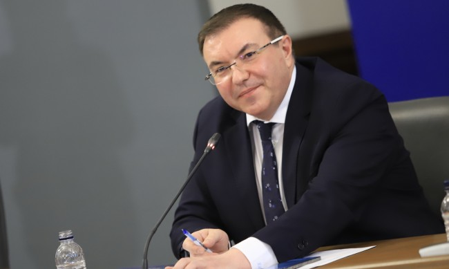 Костадин Ангелов: Рекорд по поставени ваксини - 21 306 за ден