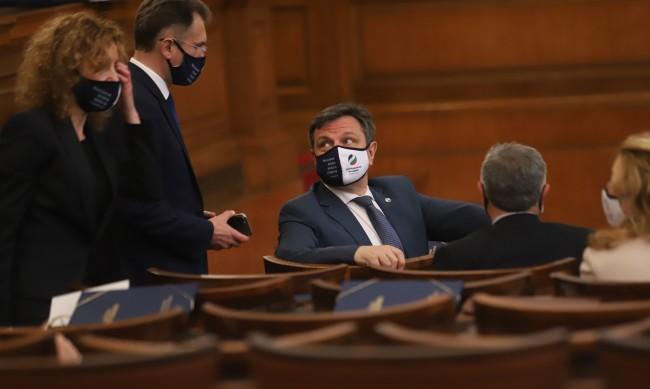 Д-р Симидчиев: Парламентът няма да променя състава на НОЩ
