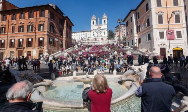 Италия облекчава мерките срещу коронавируса от днес