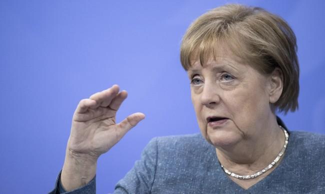 В Германия предлагат ваксина на всички пълнолетни през юни