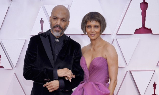 Любов на червения килим: Известни двойки на Оскарите